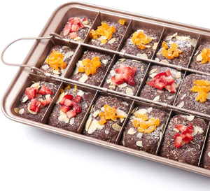 Non-Stick Brownie Pan