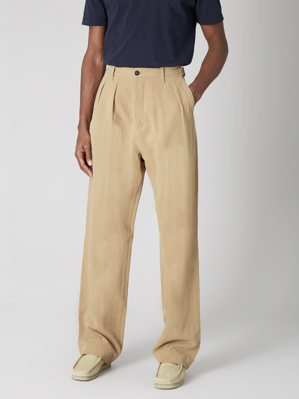 Pleated Long Trousers