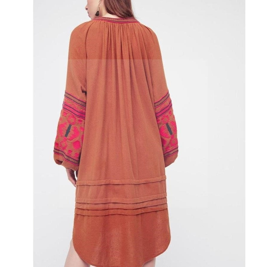 Robe style boho rouge luxe