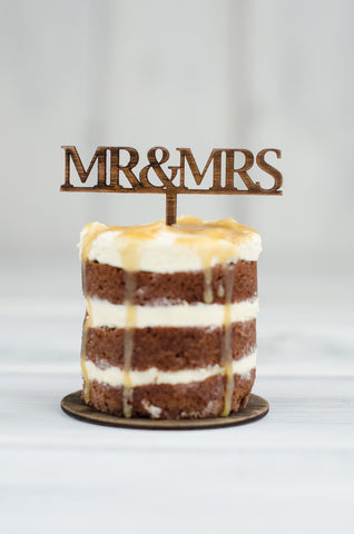 Cupcake Topper - Mr & Mrs