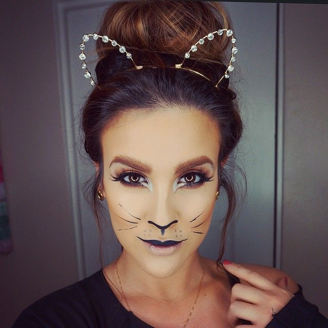 DIY Cheshire Cat Costume - We're All Mad Here, I'm Mad ... |Simple Cat Costume Ideas
