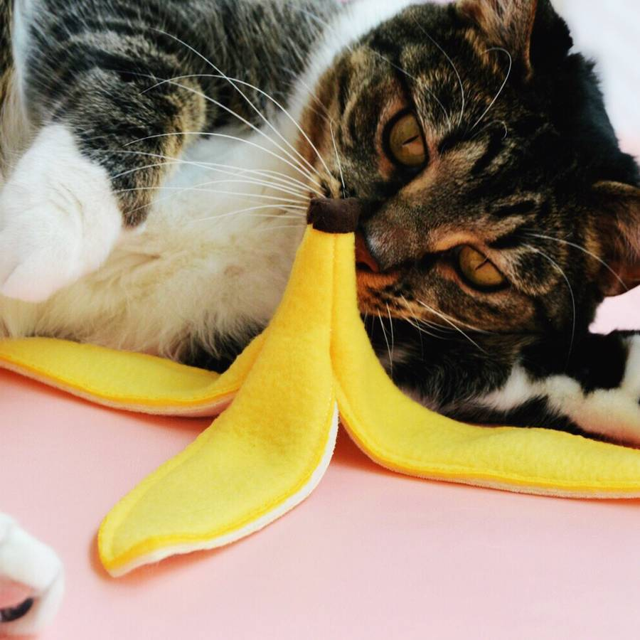 Banana Peel Catnip Toy by Meowingtons