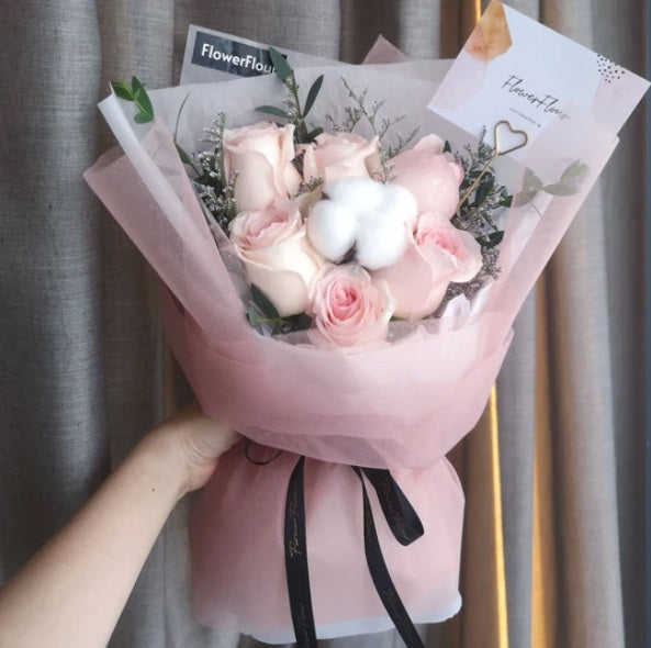 Roses Singapore delivery