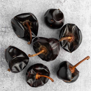 Cascabel chiles closeup