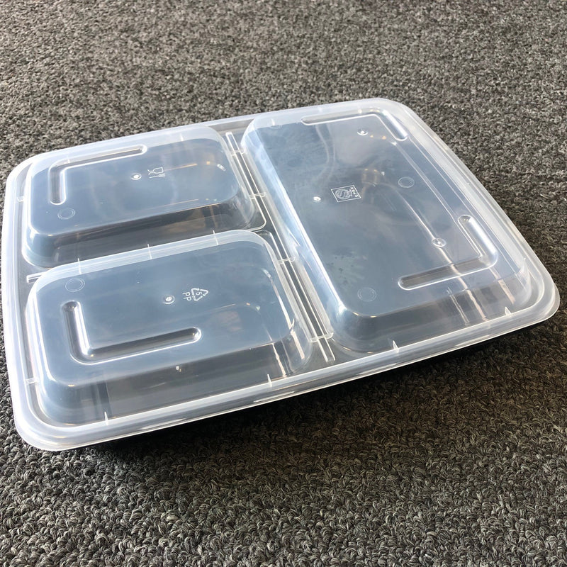 Leyso TO-NL339 Black 3 Compartment PP Rectangular Containers with Lids (39 Oz)