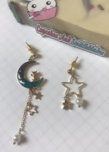 Load image into Gallery viewer, Cat on Moon Earrings Blue