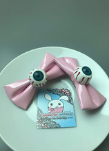 Load image into Gallery viewer, Eyeball Hair Clips Hot Pink