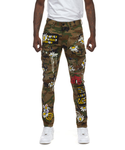 DAISY GRAFFITI CARGO PANTS - Smoke Rise Varsity Jacket
