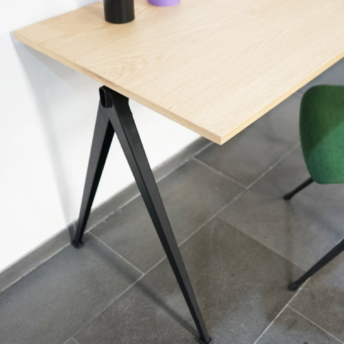 Pyramid Desk w. Cable Hole (NEW ARRIVAL)