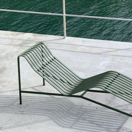 Palissade Chaise Lounge