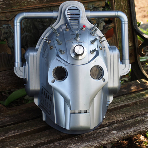 CIRCUIT BENT - Cyberman Helmet