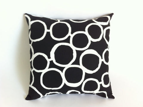 Cushion - abstract circles