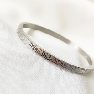 Silver Fashion Print - Stainless Steel Bangle