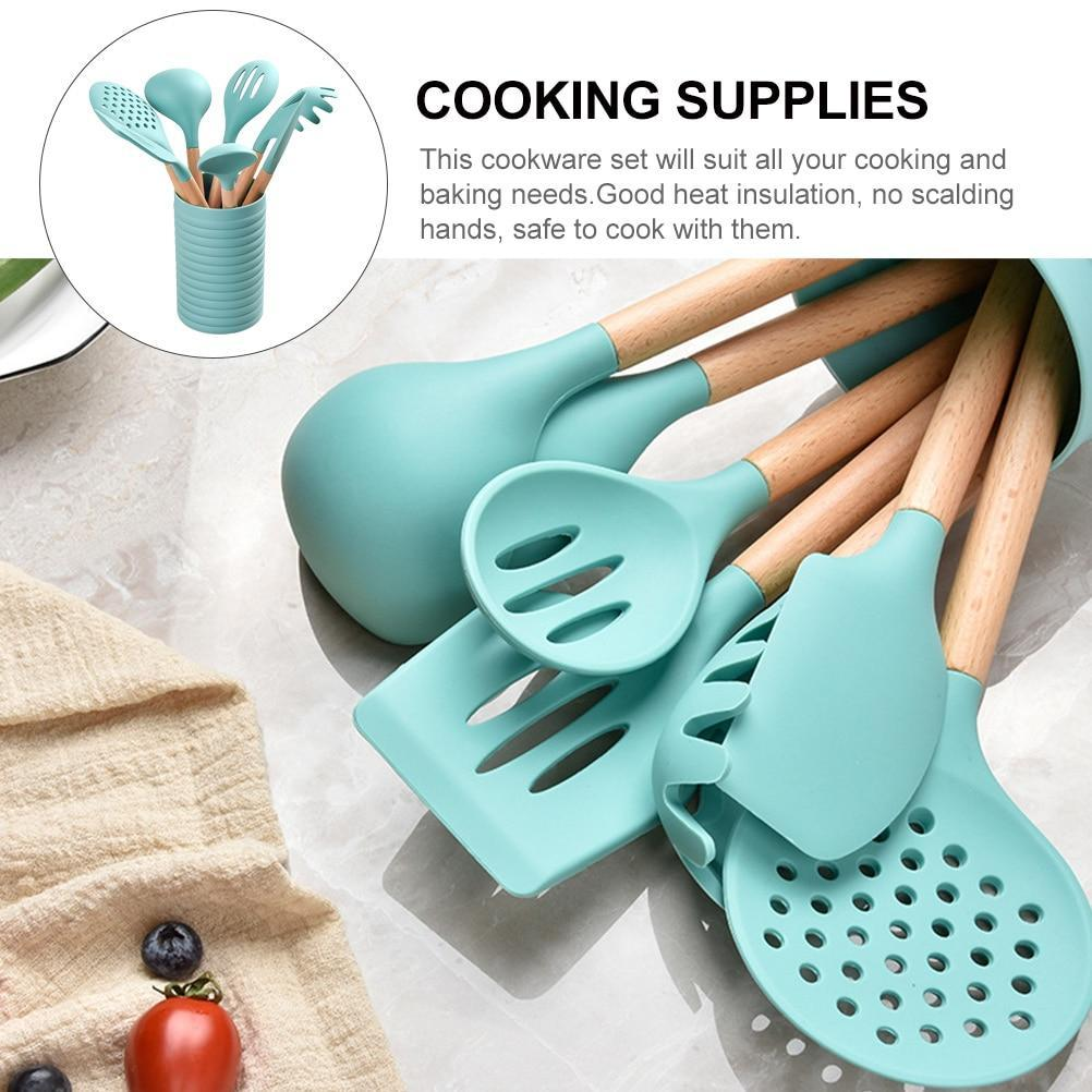 7pcs Kitchen Silicone Cooking Utensil Set Non-stick Spatula Wooden Handle Heat Resistant Cooking Accessories Kitchen Tools