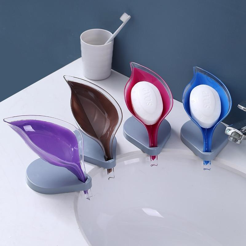 Leaf Shape Soap Box Bathroom Soap Holder Dish Storage Plate Tray Silicone Sucker Non-slip Drainage Plastic Box Bathroom Supplies