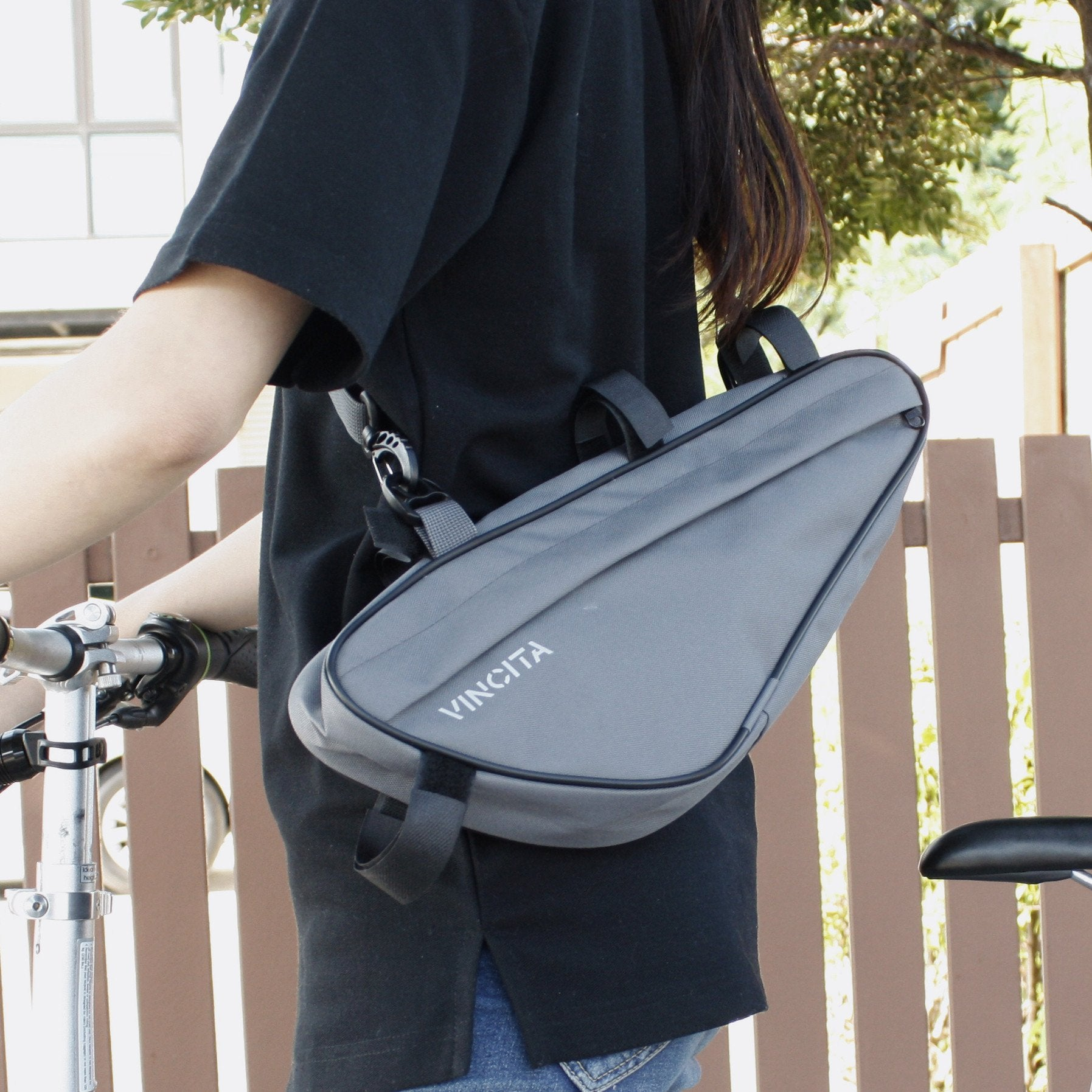 Vincita Co., Ltd. bicycle bag B024L
