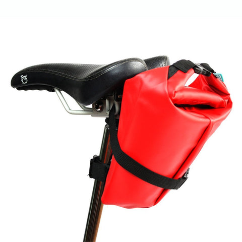 Foldable rain cover for bike saddle
