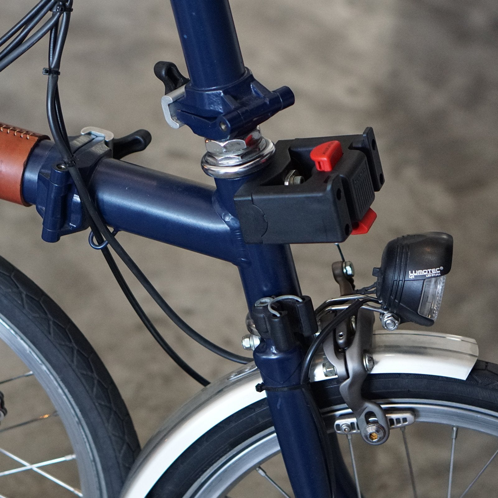 Adaptation d'un support de bagagerie Klickfix sur un Brompton - Page 3 Qr036-modified-klickfix-adapter-for-brompton-head-tube-vincita-co-ltd-accessories-3688978415685_1800x1800