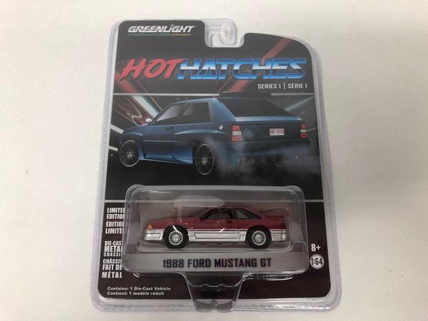 Ford Mustang GT 1988 . Greenlight . 1/64 Scale.