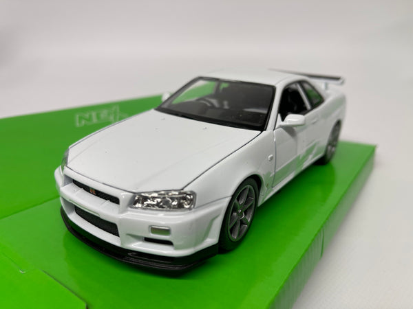 Nissan Skyline R34 GT-R . White . 1/24 Scale . Welly . Boxed .