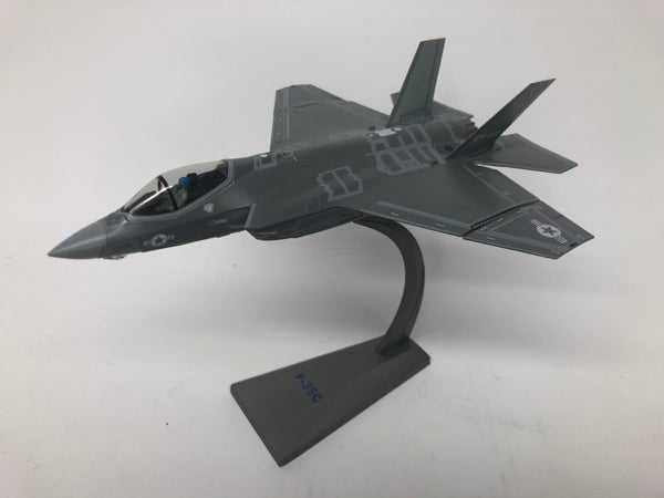 F35-C USNC . Air Force 1 . 1/72 Scale. Boxed .
