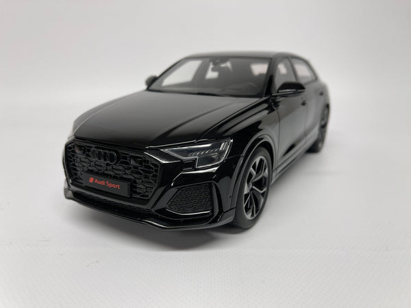 Audi RS Q8 . Black . 1/18 Scale. GT Spirit . (GT305)