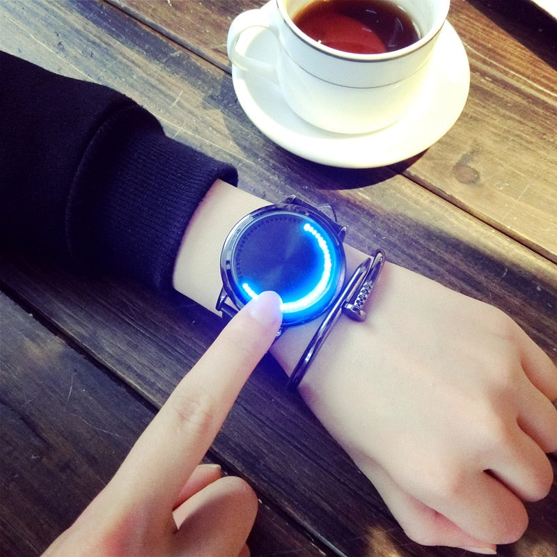 New Casual Fashion Elegant Women Wristwatch LED Stainless Steel Case