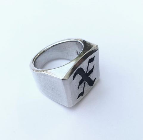 OLD ENGLISH X RING (NEW!)