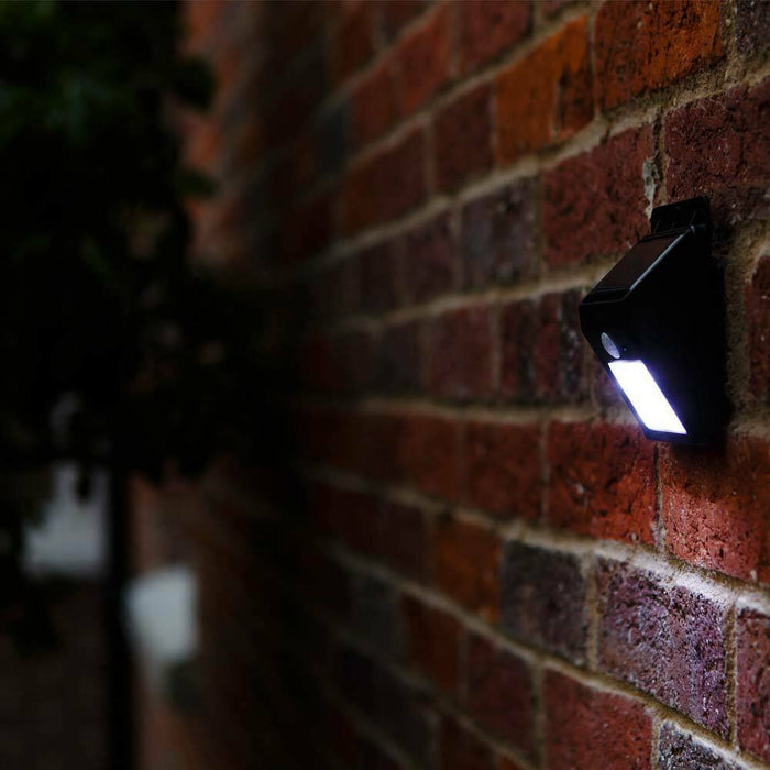 ECO Wedge XT Solar Motion Welcome Light By The Solar Centre