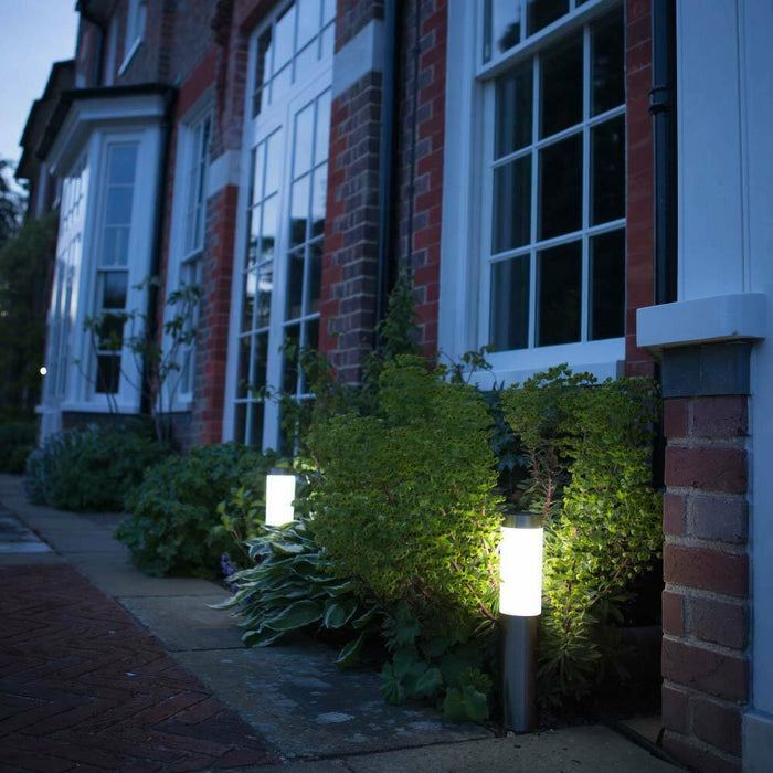 London XT Solar Post Lights (Set Of 2) By The Solar Centre