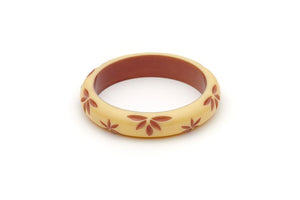 Splendette Lait Cream & Brown Carved Fakelite Bangle