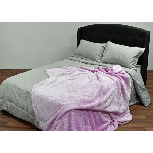 bedding, blanket, children, dog, mauve, mink, queen bed, warm, winter, Perth, Western Australia, Winter, Cold, Manchester, Delivery, Warm, Bargain, Value, Quality