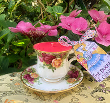 Load image into Gallery viewer, Royal Albert 'Old Country Roses' Coffee Cup