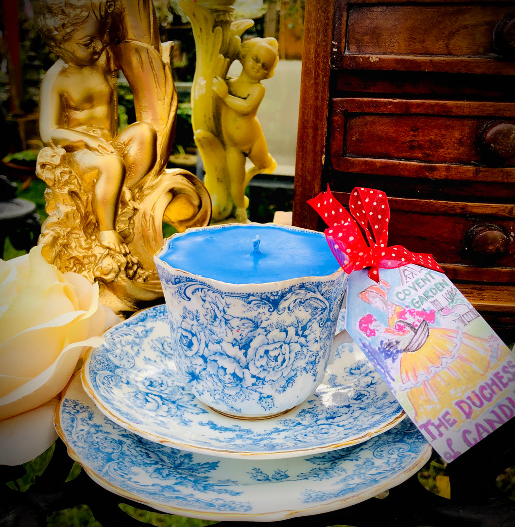 Victorian Antique Scalloped Blue & White Floral Garden Soy Teacup candle Trio Set