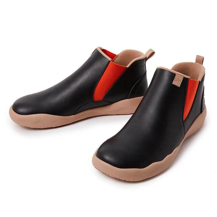 UIN Footwear Men Granada Black Split Leather Chelsea Boots Men Canvas loafers