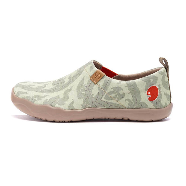 UIN Footwear Women Chang Thai II Canvas loafers
