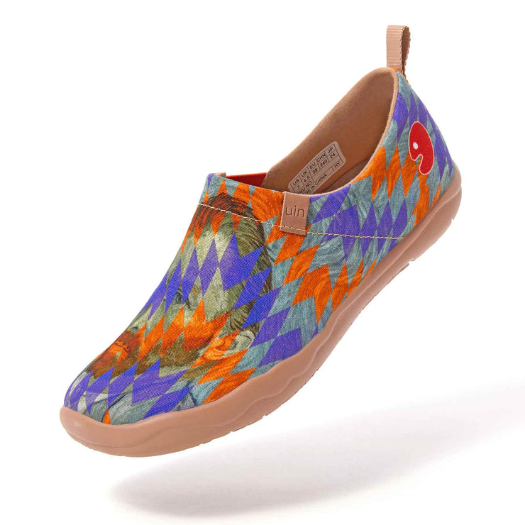 UIN Footwear Women My Van Gogh Canvas loafers