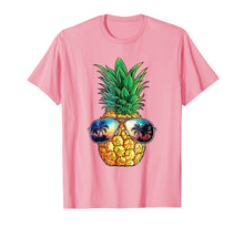 Laden Sie das Bild in den Galerie-Viewer, Pineapple Sunglasses T shirt Aloha Beaches Hawaiian Hawaii