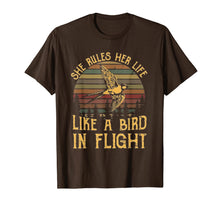 Laden Sie das Bild in den Galerie-Viewer, She Rules Her Life Like A Bird In Flight T Shirt