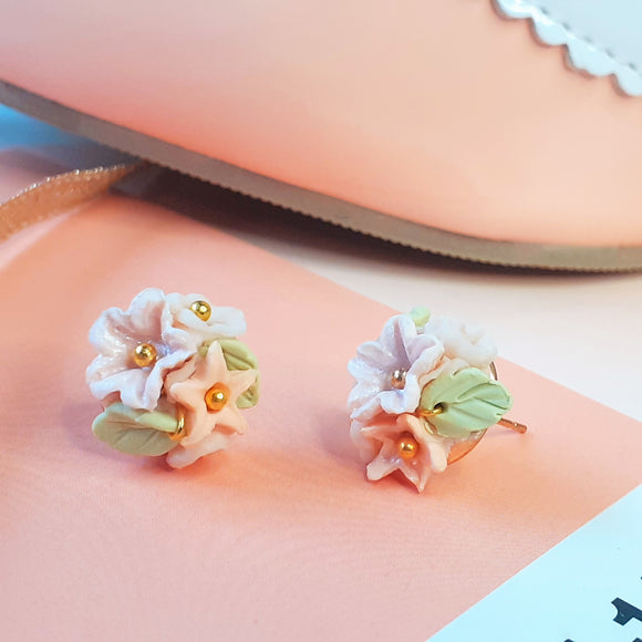 Small Flower bouquet studs