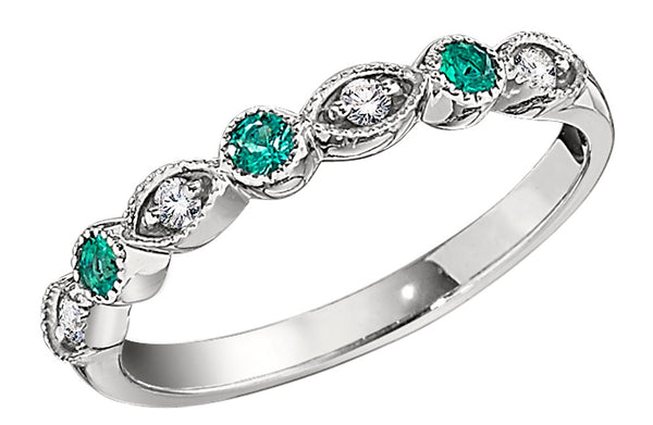 emerald vintage wedding rings