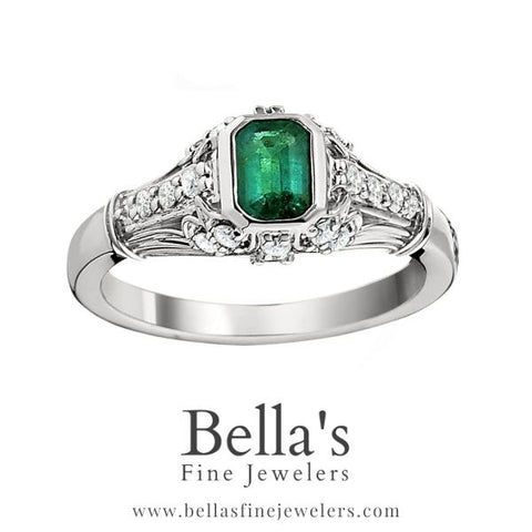 emerald vintage engagement rings, vintage emerald rings, antique style engagement rings