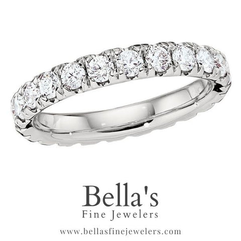 Diamond Wedding Band Trends with Big Diamonds for 2020