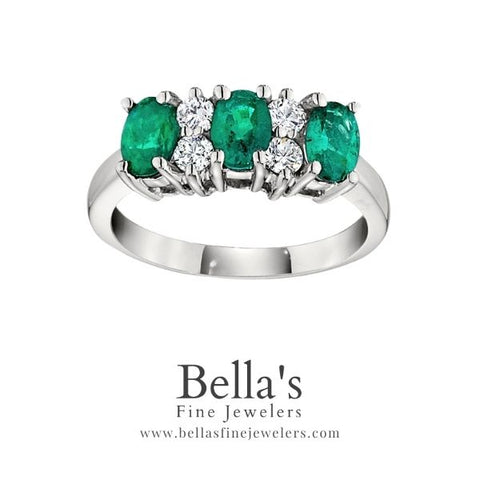 three stone emerald ring, gemstone oval rings with three stones and diamonds, bold gemstone rings, big emeralds rings, big gemstone rings