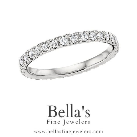 Today's wedding band trends simple diamond band
