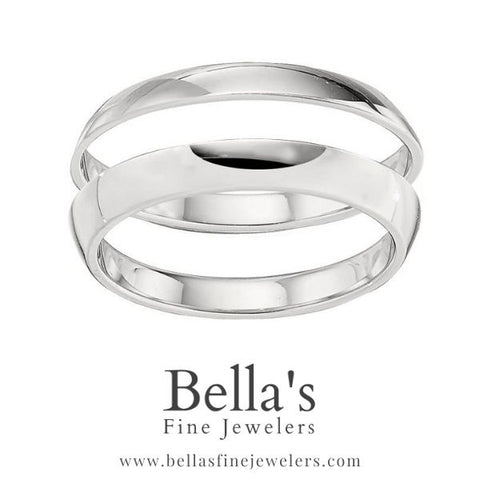 Two wedding band trend with angled plain gold bands