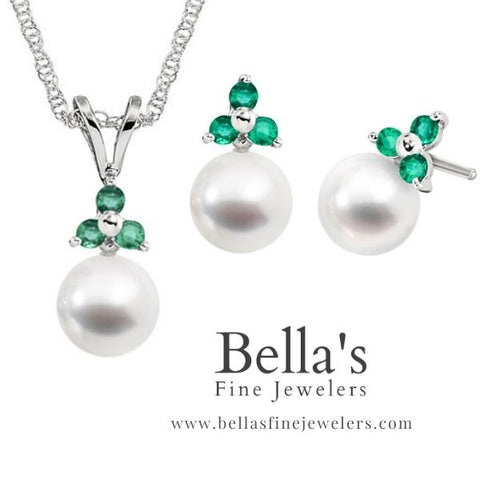Three stone emerald and pearl jewelry set, classic emerald jewelry set, classic matching pearl and emerald jewelry