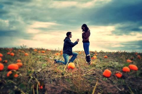 pumpkin patch proposal tips, how to propose in the fall, best ways to propose in autumn