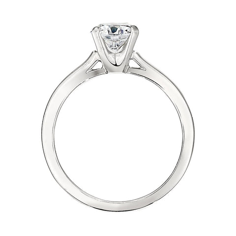 Classic Solitaire Ring Settings, solitaire engagement rings, old fashion engagement rings