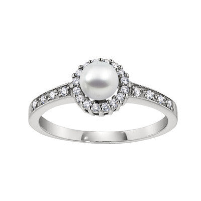 halo ring, cultured pearl halo ring, fancy pearl ring, diamond and pearl ring